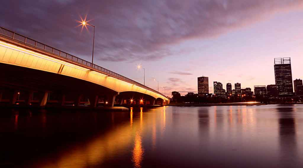 Perth-city-view-bridge_web